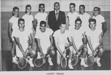 part6_varsity_tennis_59a.jpg (98266 bytes)