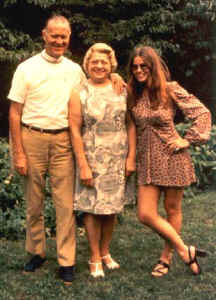 people_Dad,Mom,Pam.jpg (39160 bytes)